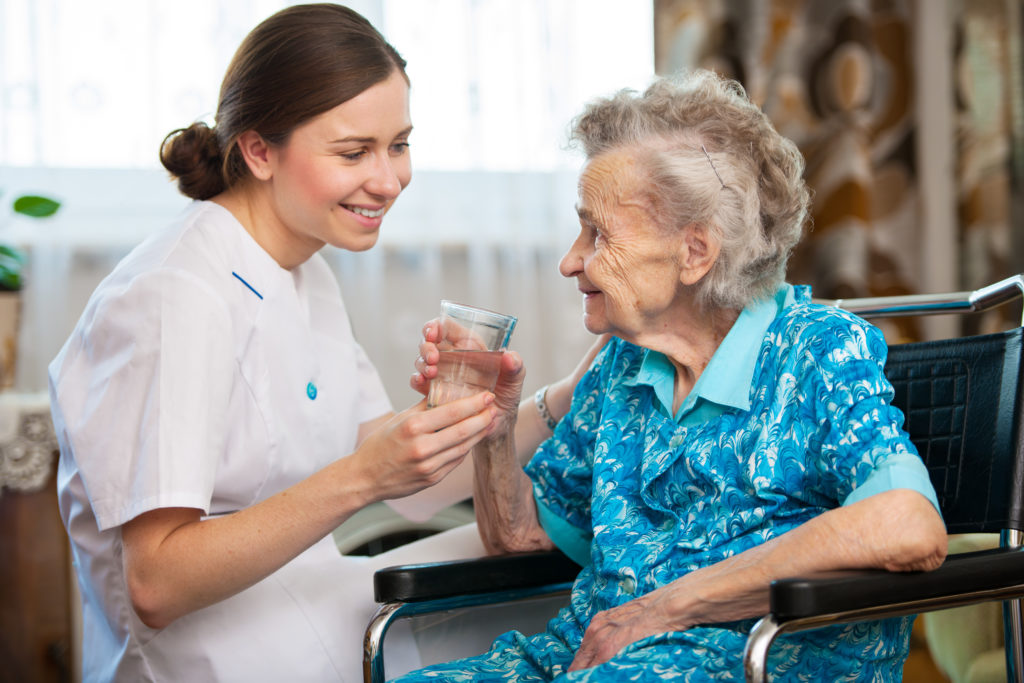 How to Become a Home Health Aide